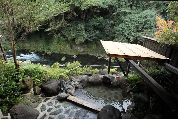 岩蔵 客室露天風呂