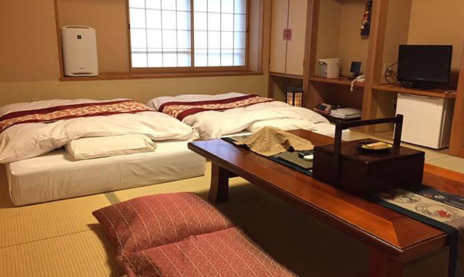 寝心地抜群と好評なベッドタイプのマットレスを完備