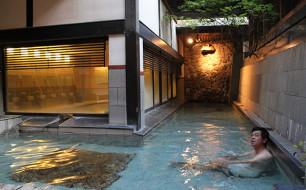トロトロした泉質の露天風呂